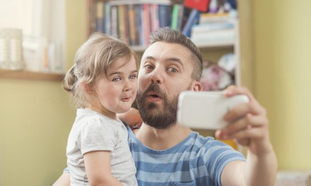 Are you a parent or a 'sharent'?